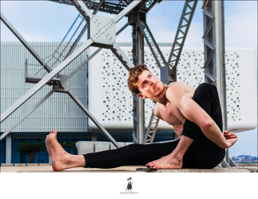 Posture Asana Yoga Man 55