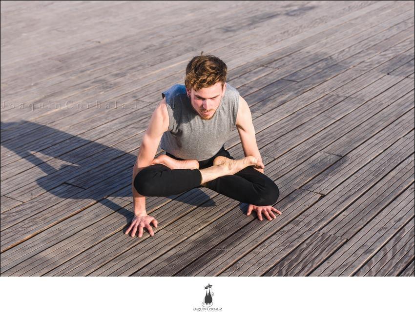Posture Asana Yoga Man 78